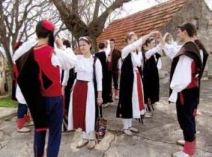 CROATIAN - Nijemo Kolo
